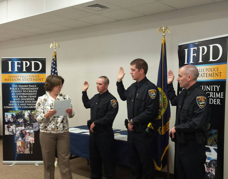 Three new officers sworn into Idaho Falls Police Department - East Idaho News