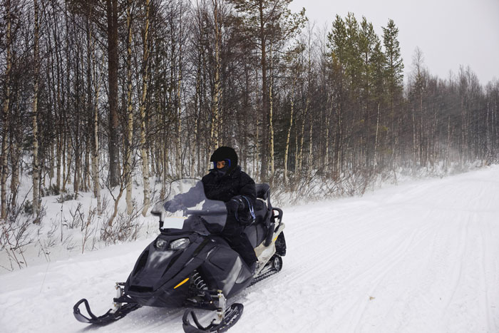 Snowmobilers2