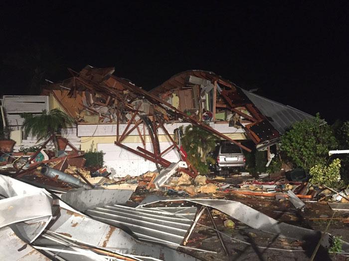 Tornado_Damage01