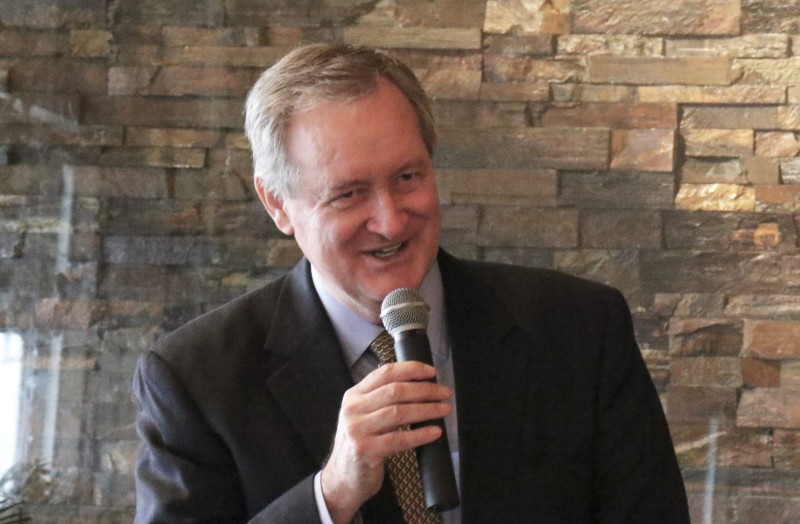Sen. Mike Crapo withdraws endorsement of Trump over 'locker room talk' -  East Idaho News