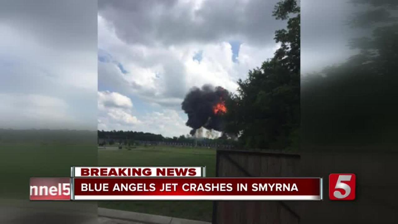 Pilot killed after Navy Blue Angels jet crashes in ...  |Blue Angel Crash Death