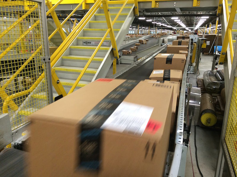 Amazon offers free shipping on purchases of $25