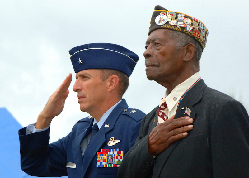 Veterans Day Deals  Food