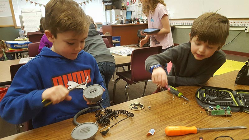 Classroom Design Project Based Learning : Local elementary school embraces project based learning