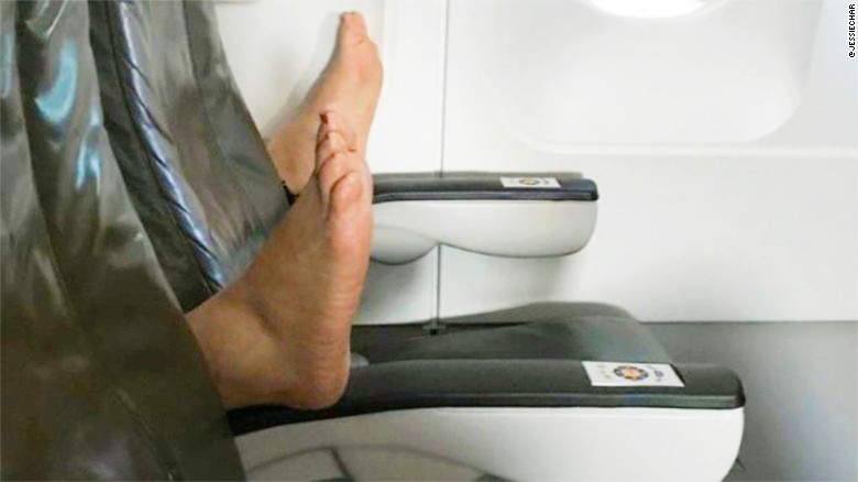 Video: Passenger says bare feet on plane a nightmare | East Idaho News