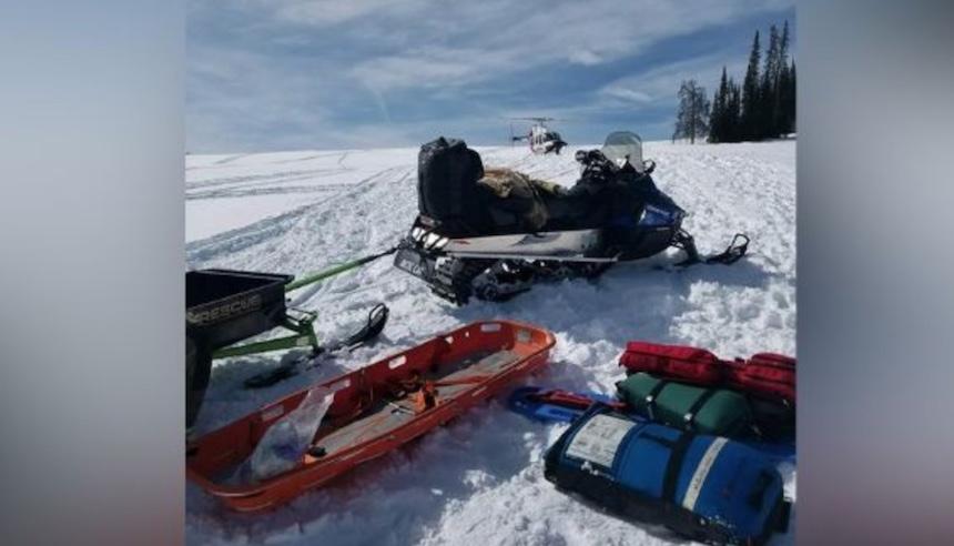 Snowmobiler dies after crash near Utah-Wyoming border ...