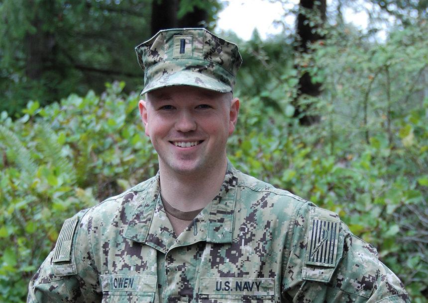 Lt. J.G.. Brendan Owen   Navy Office of Community Outreach. BANGOR,  Washington — An Idaho Falls ...