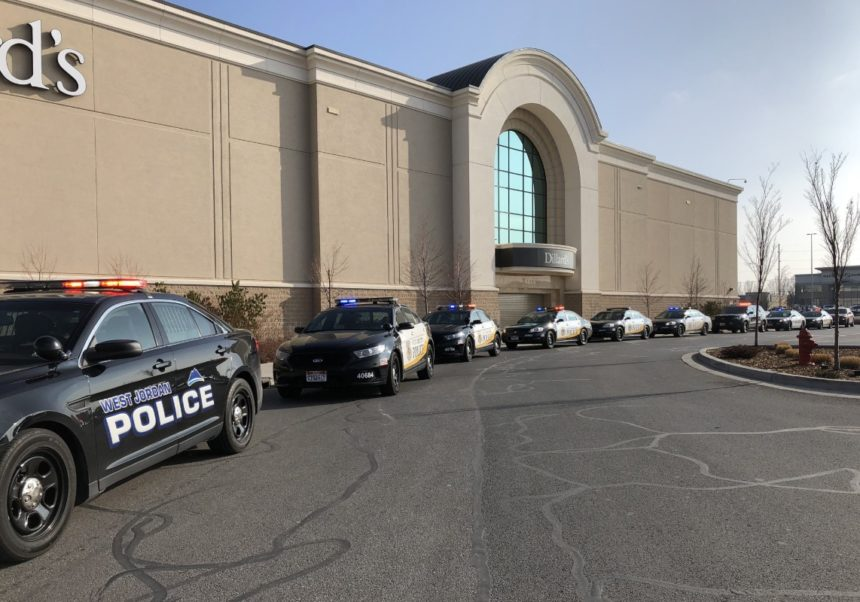 Gunman opens fire at mall in Salt Lake City suburb, 2 hurt