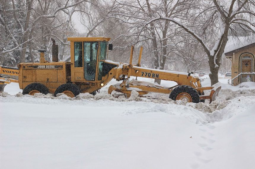 Parking restrictions in effect in Idaho Falls after snow event declared – East Idaho News