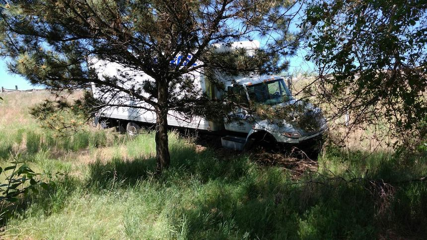 Man trying to exit I-15 caused crash involving box truck