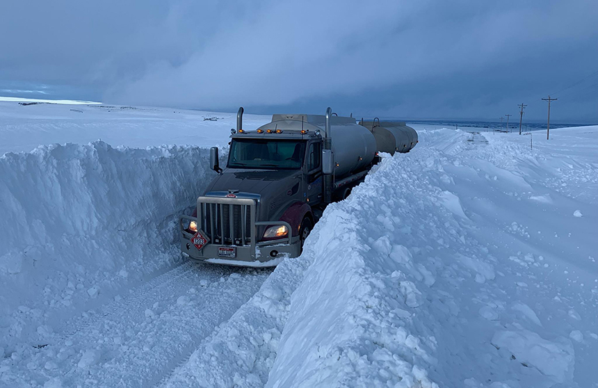 Photos Itd Helps Fuel Truck Make Delivery Amidst Massive Snow Walls East Idaho News