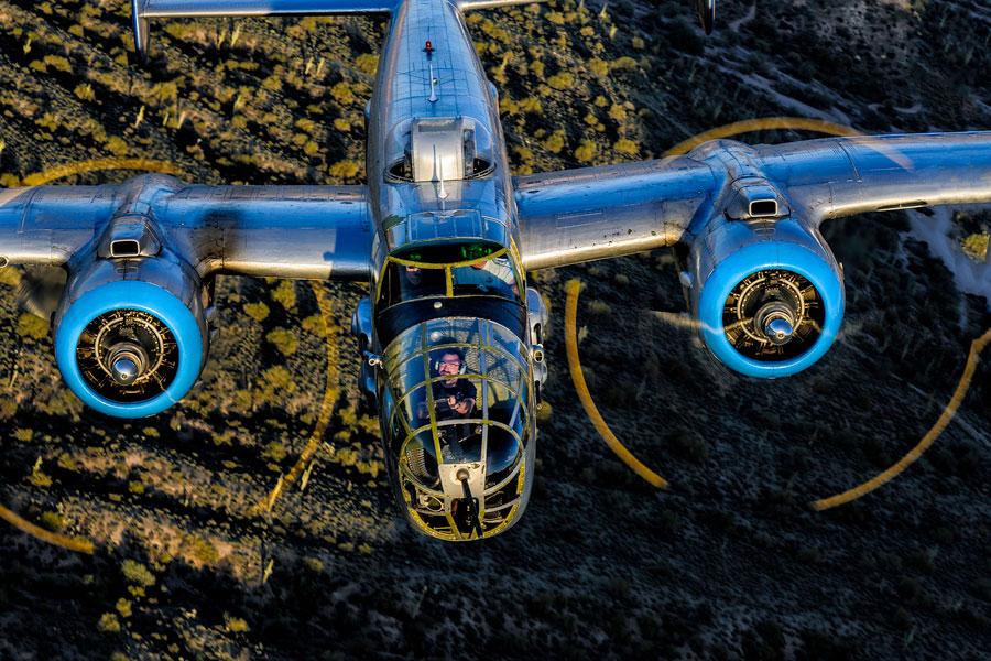 b 25 plane