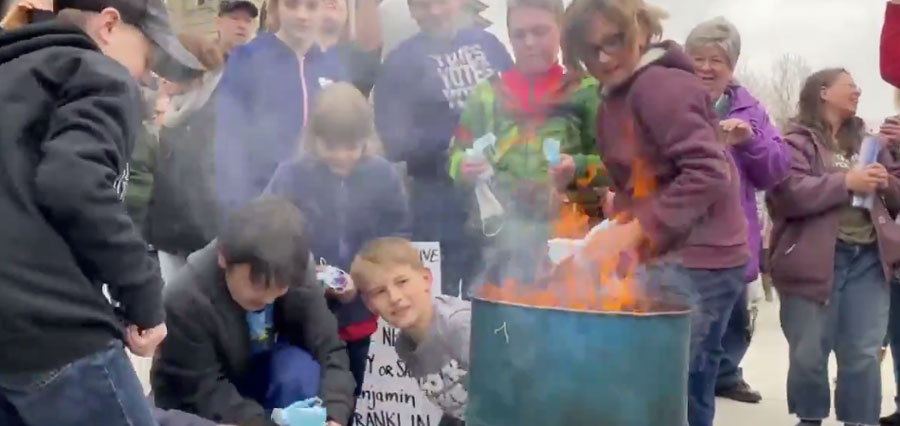 Protesters burn masks at Idaho Capitol rally against rules – East Idaho News