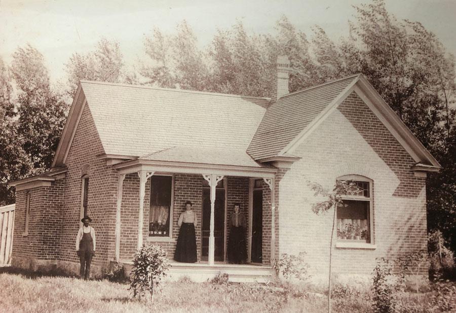 rostan home 1900